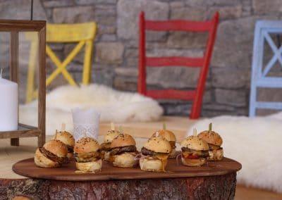 mini-burgers-black-rhino